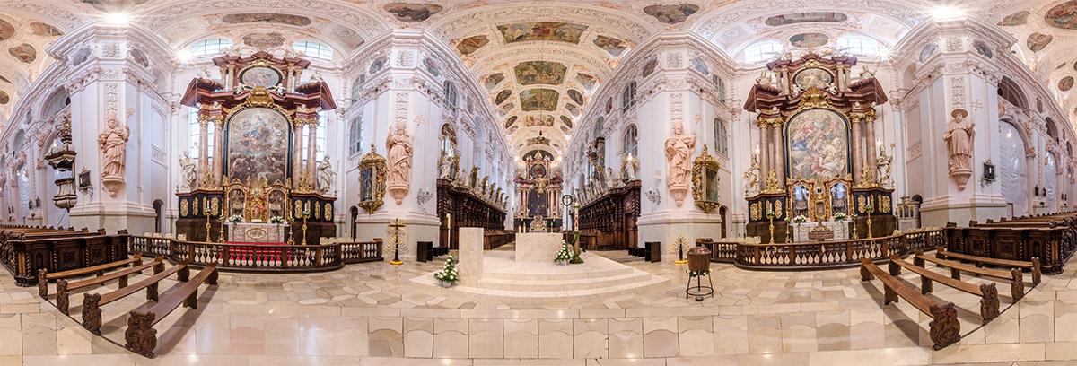 Basilika-Innenraum