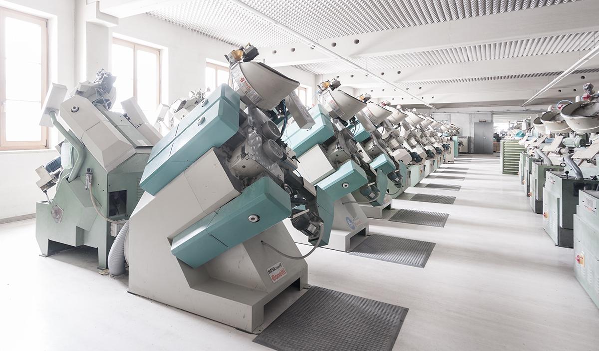 Knopfmaschinen