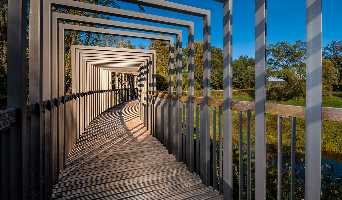 Tourismusfotografie-Bruecke-Teichgebiet